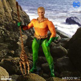 MEZCO ONE 12 COLL AQUAMAN DC COMICS AF